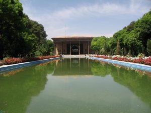 باغ چهل ستون