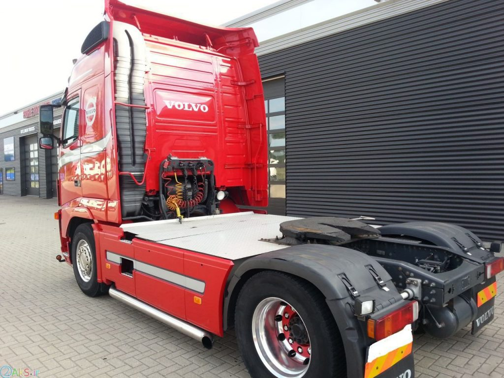 تصاویر Volvo F12