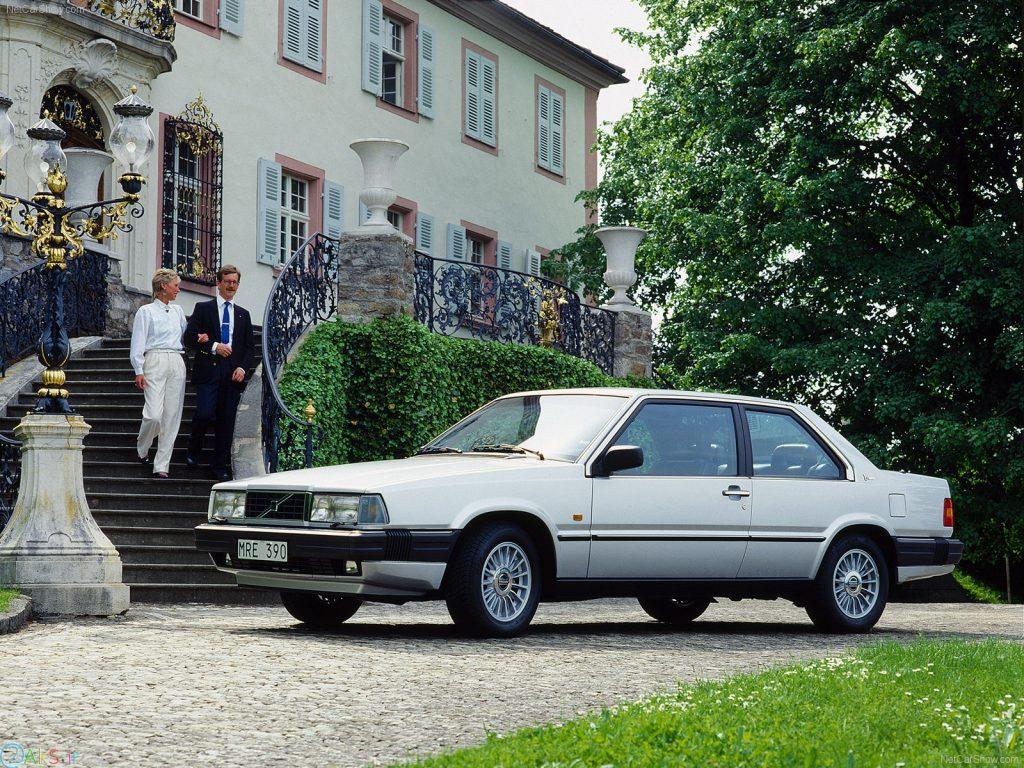 Volvo 780 سفید