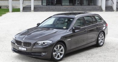 BMW 5-series Touring (4)