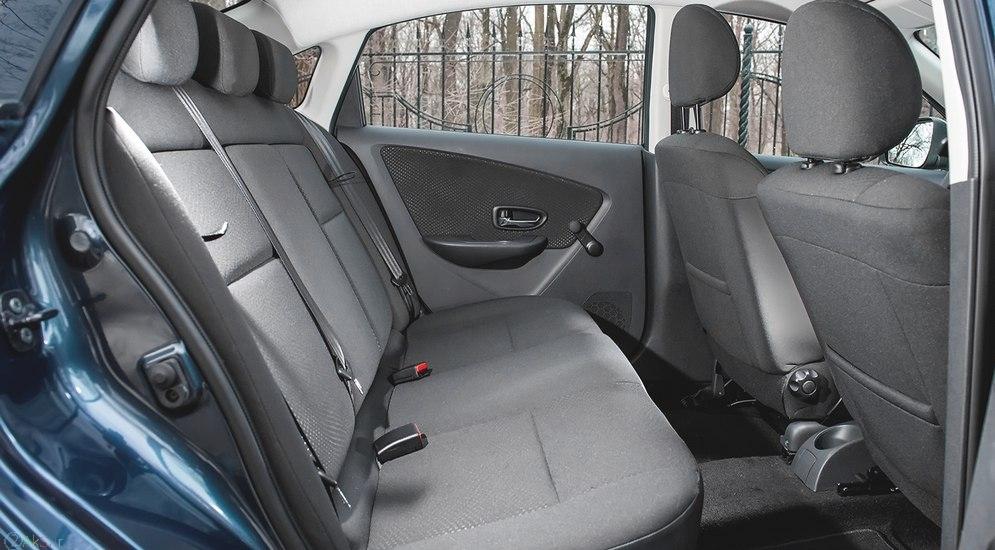 صندلی Nissan Almera