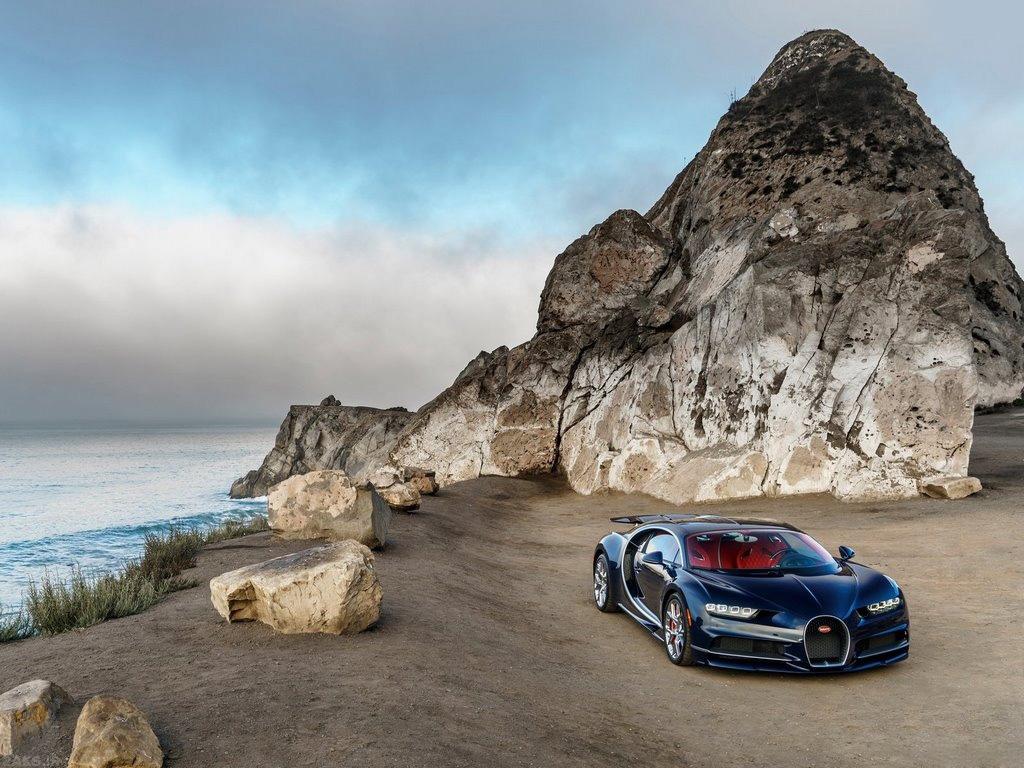 Bugatti Chiron photos