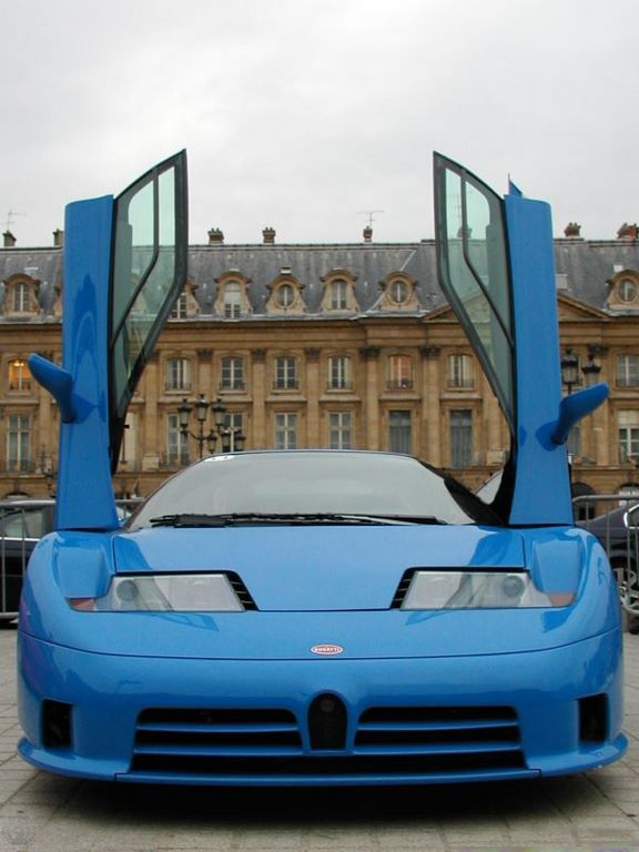 Bugatti EB 110 تصویر