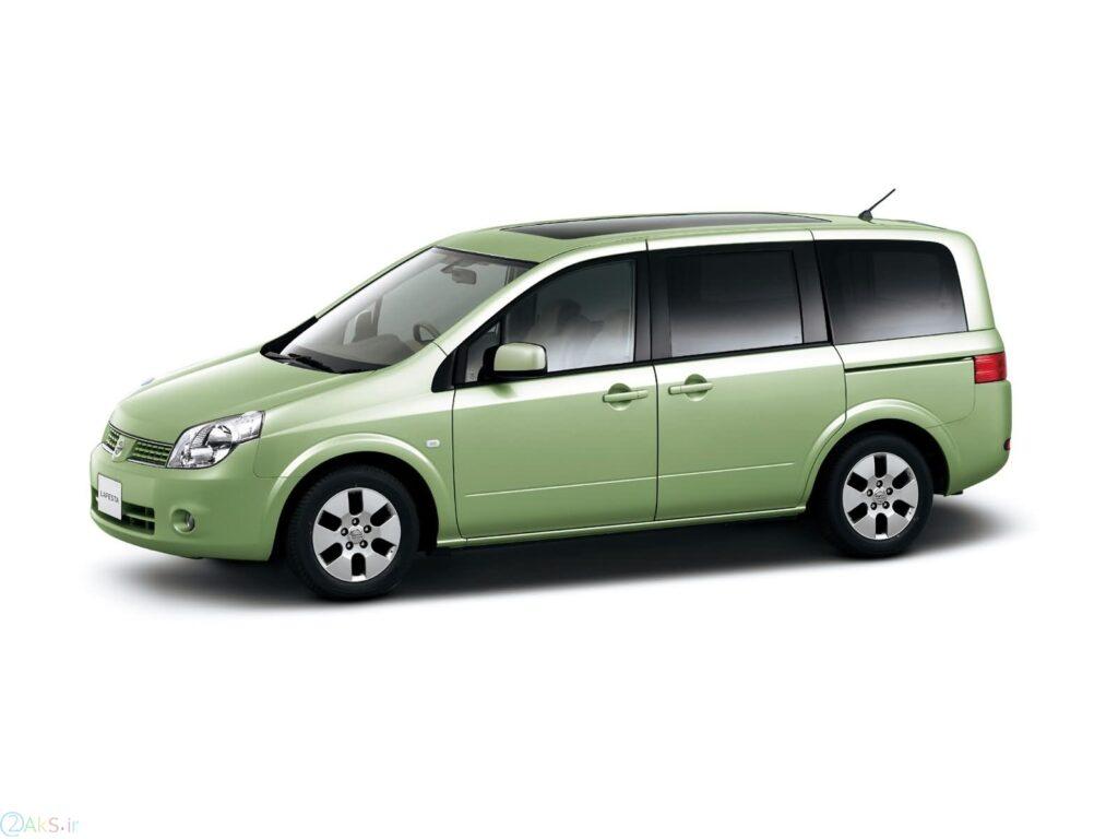 Nissan Lafesta سبز
