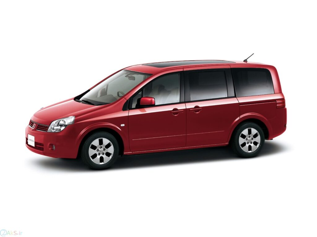 Nissan Lafesta قرمز