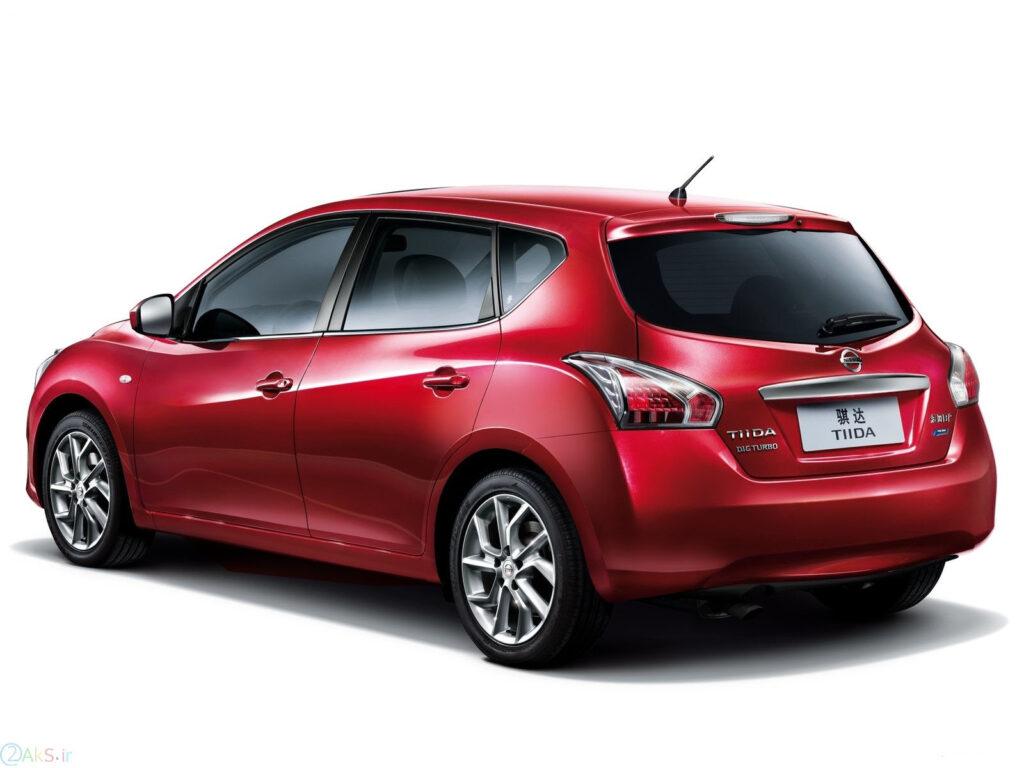 تصویر Nissan Tiida